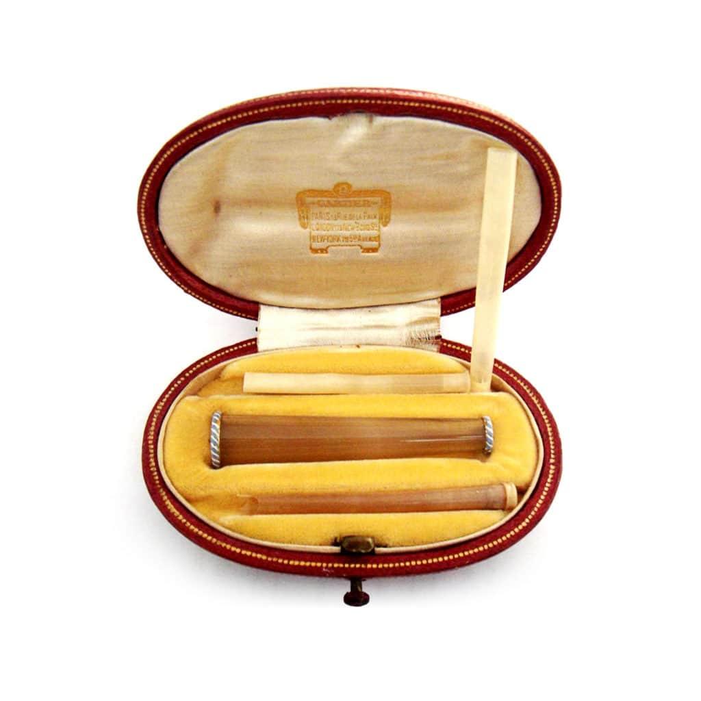 belle-epoque-agate-cigarette-holder-light-blue